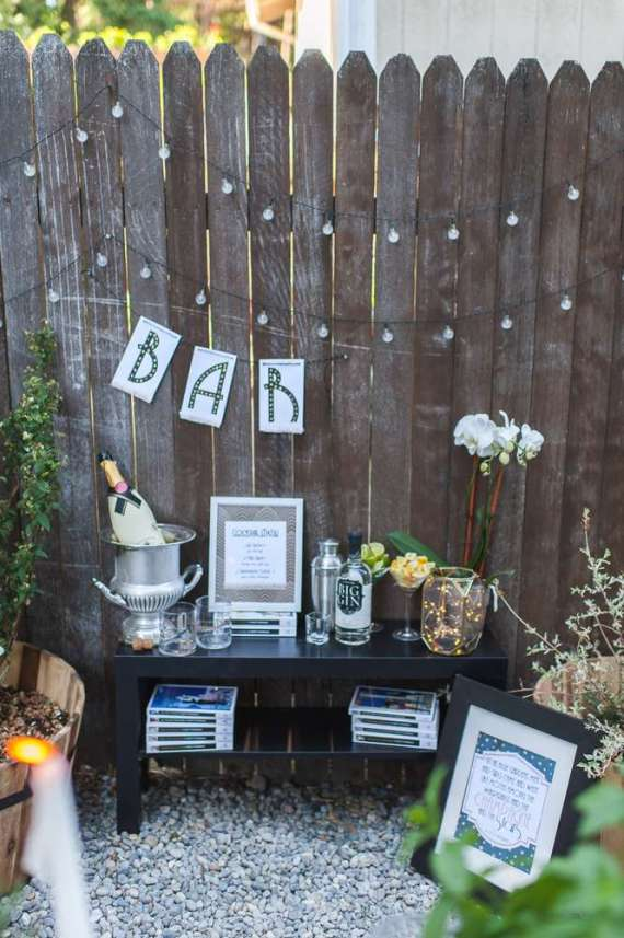 Outdoor-Great-Gatsby-Party-Bar