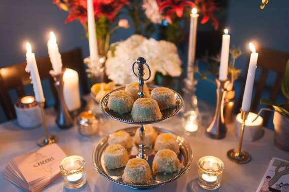 Outdoor-Great-Gatsby-Party-Candles-Lemoncakes