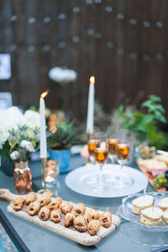 Outdoor-Great-Gatsby-Party-Candles