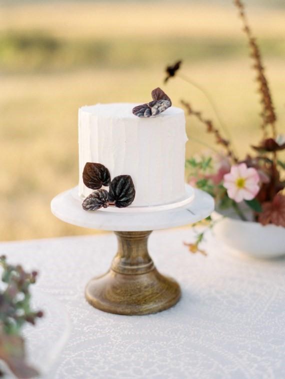 Dreamy Outdoor Bridal Shower garden cake