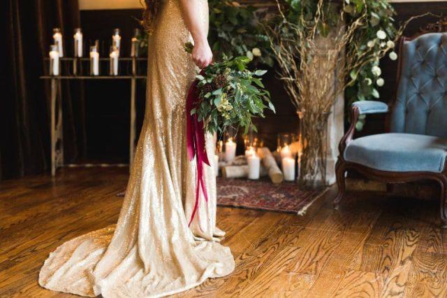 Romantic-Winter-Rustic-Wedding-Bride-Dress-Flowers