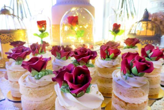 Beauty-And-The-Beast-Dream-Wedding-Desserts