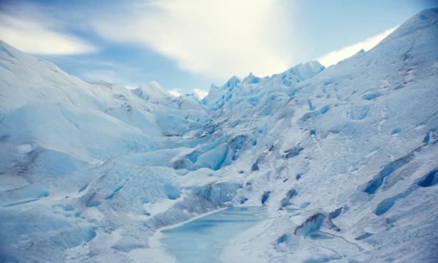 Blue ice mountains, Perito Moreno