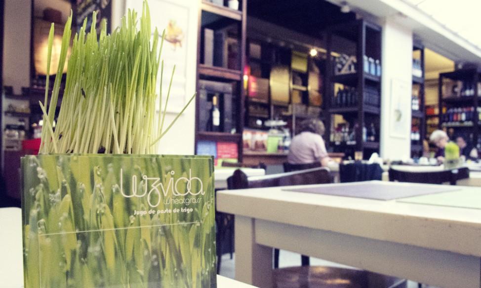 Best vegetarian restaurants in Buenos Aires |Natural Deli wheatgrass