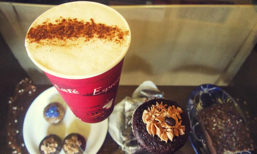 Coffee and cakes at Cafe Paraiso San Pancho, Mexico