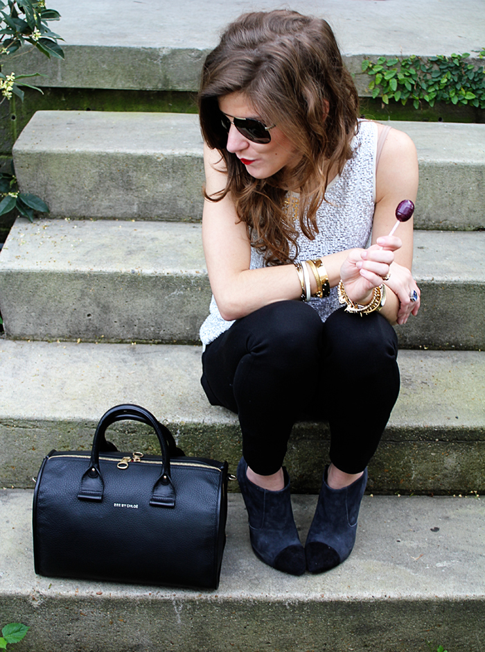 Sparkle top and black skinnies via brightontheday