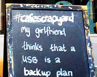 Cafe-Scrapyard_0115Carol-Moore