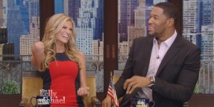 Michael Strahan played matchmaker for Erin Andrews-Jarret Stoll