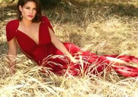 Missy Peregrym sexy video