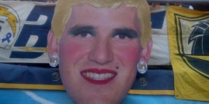 Eli Manning as Marilyn Monroe is disturbingly hilarious