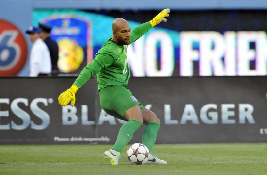 tim-howard-everton