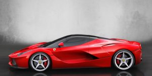 Justin Bieber Just Bought A $1.4 Million LaFerrari Super Car Because He Has Money And I Don't