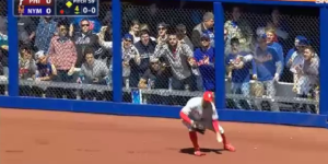 Douchebag Mets Fan Throws Beer At Phillies Outfielder Grady Sizemore