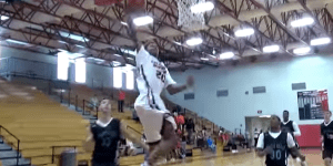 Shaq's Son, Shareef O'Neal, Is A 6'8″ High School Freshman And The Dude CAN BALL