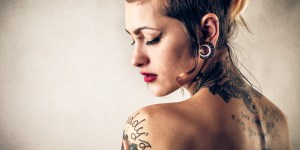 Girl Tries To Get 'Fuck Cancer' Tattoo In Italian — Ends Up With Best Tat Ever