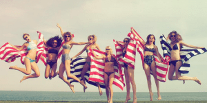 Taylor Swift's 4th Of July Weekend Party Featured Sexy Models, Calvin Harris And Swans