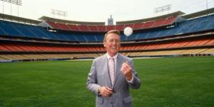 Vin Scully Says Redheads Will Be Extinct By 2030. Freaks Out Every Ginger Watching the Dodgers Game