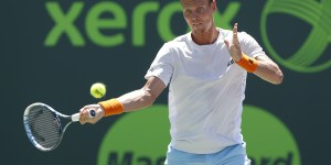 Reporter Has No Idea Tomas Berdych Lost His Wimbledon Match, Things Get Awkward