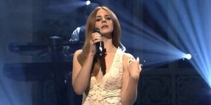 8 Amazing Performances Where It's Completely Obvious Famous Artists Just DGAF