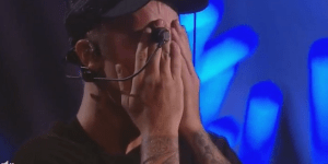 Justin Bieber Cried Like A Little Bitch After His Performance At The VMAs