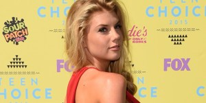 Charlotte McKinney Busted Out Some Sexy Sideboob For The Teen Choice Awards