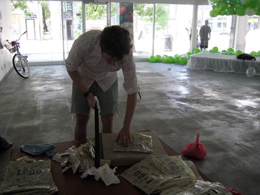 Steven cutting bags
