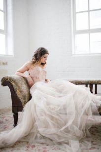 tyllbrudekjole-tyll-skjørt-prinsessekjole-brudekjole