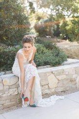 bryllupsinspirasjon-Carlie Statsky- brudesko-Christian-Louboutin