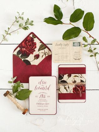 plomme-oliven-gull-fersken-bryllupsfarger-bryllupsinvitasjon