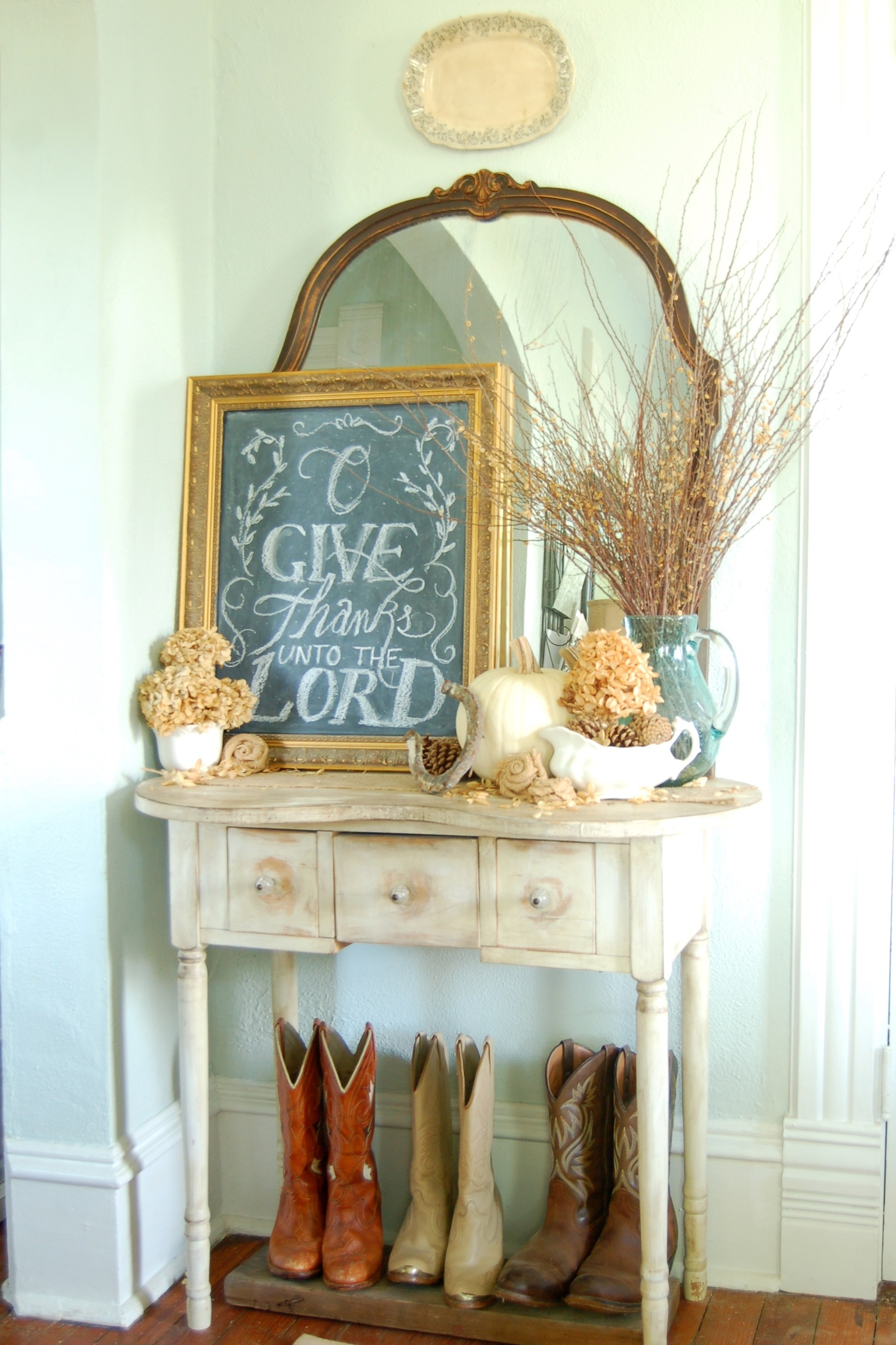 The First Thing That Greets Our Guests At The Farmhouse Is This Scripture  Verse In Our Entry. The Small Table Is A Great Landing Place For Keys And  For ...