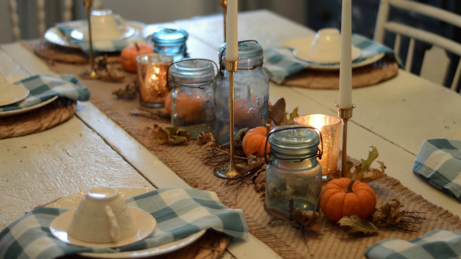 Budget Friendly Farmhouse Style Thanksgiving Centerpiece