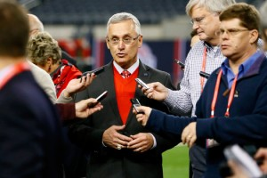 Ohio State to honor Jim Tressel on Saturday
