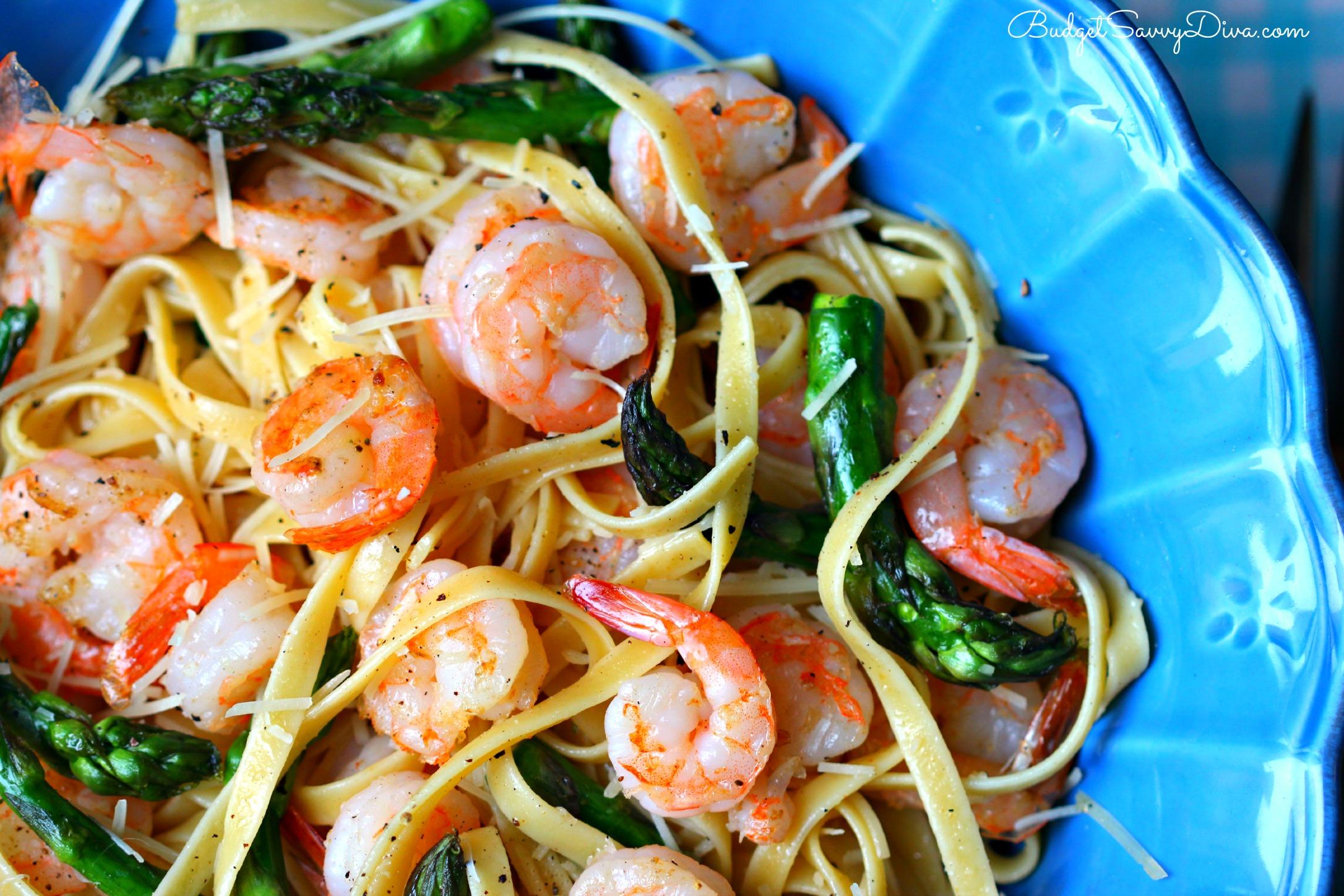 Noble Asparagus Fettuccine Recipe Easy Shrimp Easy Shrimp Asparagus Fettuccine Recipe Budget Savvy Diva Shrimp Asparagus Pasta Giada Shrimp Asparagus Pasta Healthy nice food Shrimp Asparagus Pasta