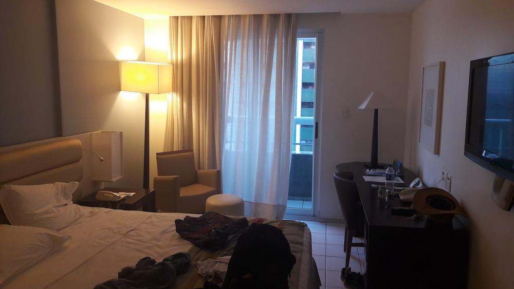 hotel luzeiros fortaleza quarto