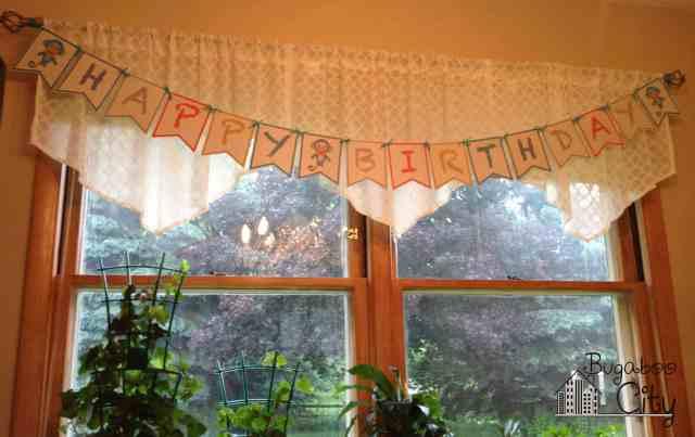 Monkey birthday banner.