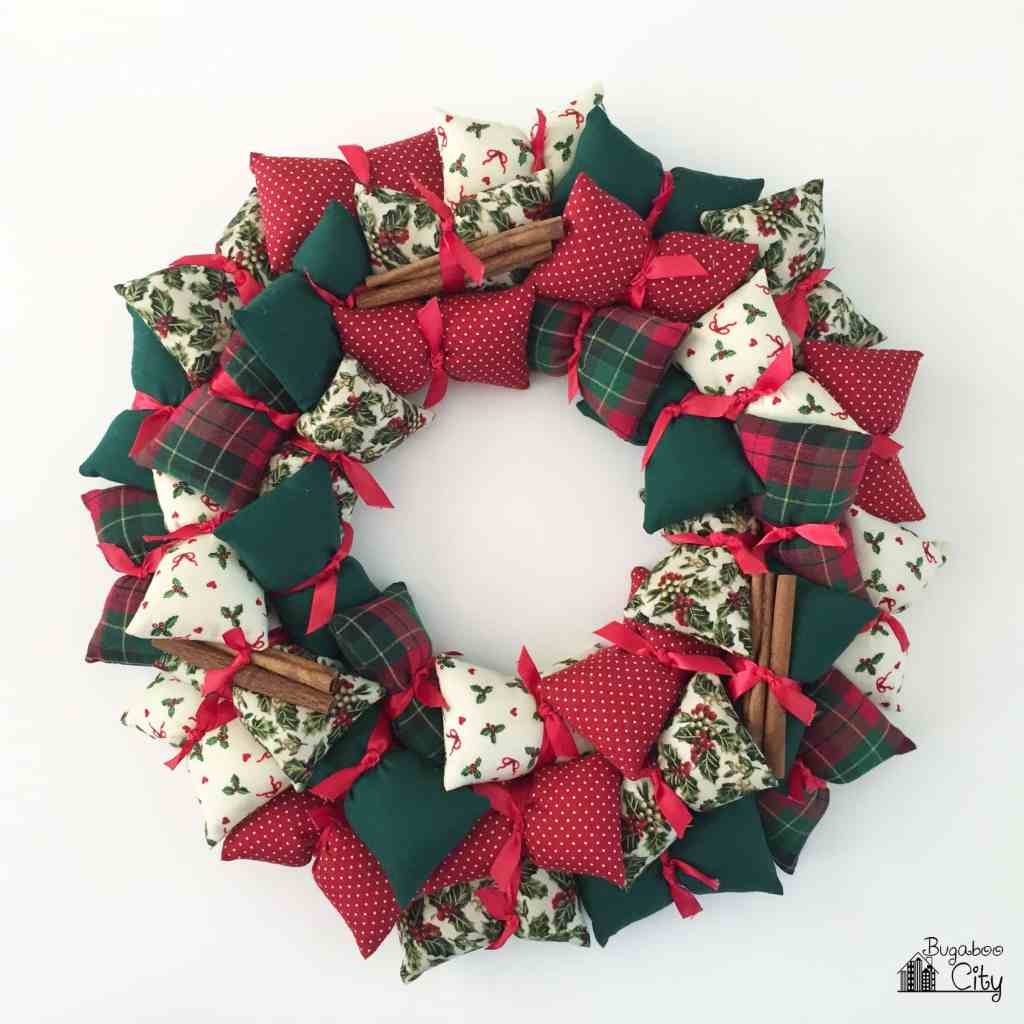holiday-traditions-diy-pillow-wreath