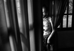 11-18-2014. Basavilbaso, province of Entre Ríos. Fabián Tomasi worked many years in an agrochemical spraying company, in charge of loading and pumping. He suffers from severe toxic polyneuropathy and is being treated for a generalized muscular atrophy that keeps him home-bound.