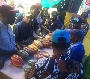 Karamui farmers Credit: Meriba Tulo