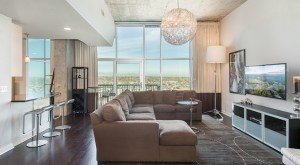 Tulo lists Glass House penthouse for $1M