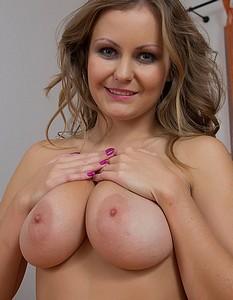 very skinny big tits