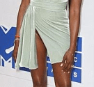 Check out Naomi Campbell's three outfits to the VMA's (photos)