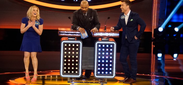 Watch: Kellie Pickler Performs a Fast Money Miracle on Family Feud