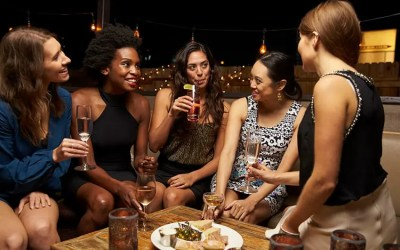 Top Restaurants & Bars Perfect for Girl's Night Out in NYC