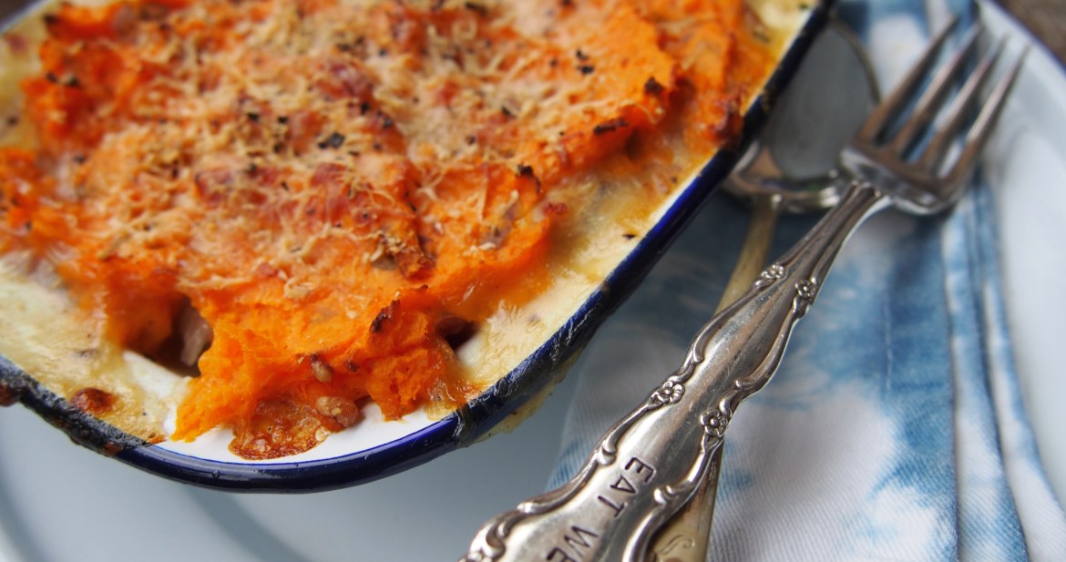 Country Chicken & Veggie Pie with Sweet Potato Topping, Healthy Pies, The Rosedog Blog, www.therosedogblog.me
