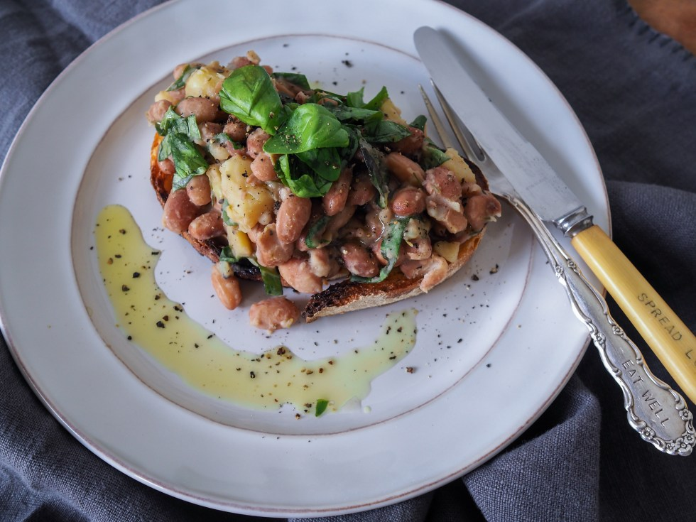 Beans on Toast, Healthy Options, Recipes by Rosie, www.by-rosie.com
