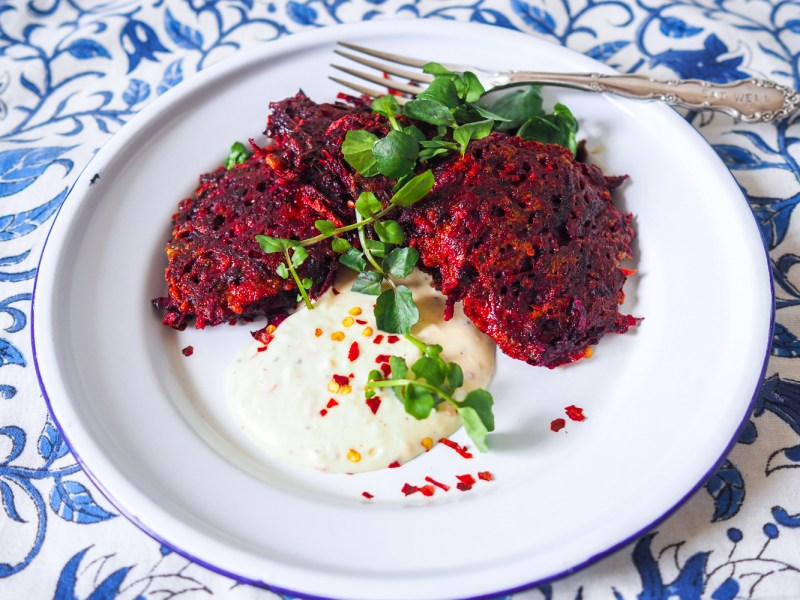 Beetroot Fritters, Recipes By Rosie, www.by-rosie.com