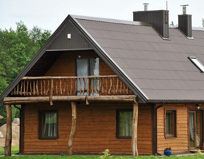 Moderní střecha z vlnovky nejen pro hospodářské stavby
