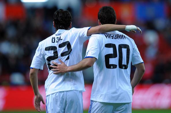 Gonzalo+higuain+mesut+ozil+sporting+gijon+upmvitdhbawl