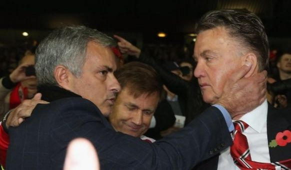 3 stars signed by Ferguson that Mourinho will sell immediately if he becomes Man United manager