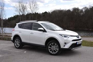 Toyota Rav4 hybrid 2016 (42)750